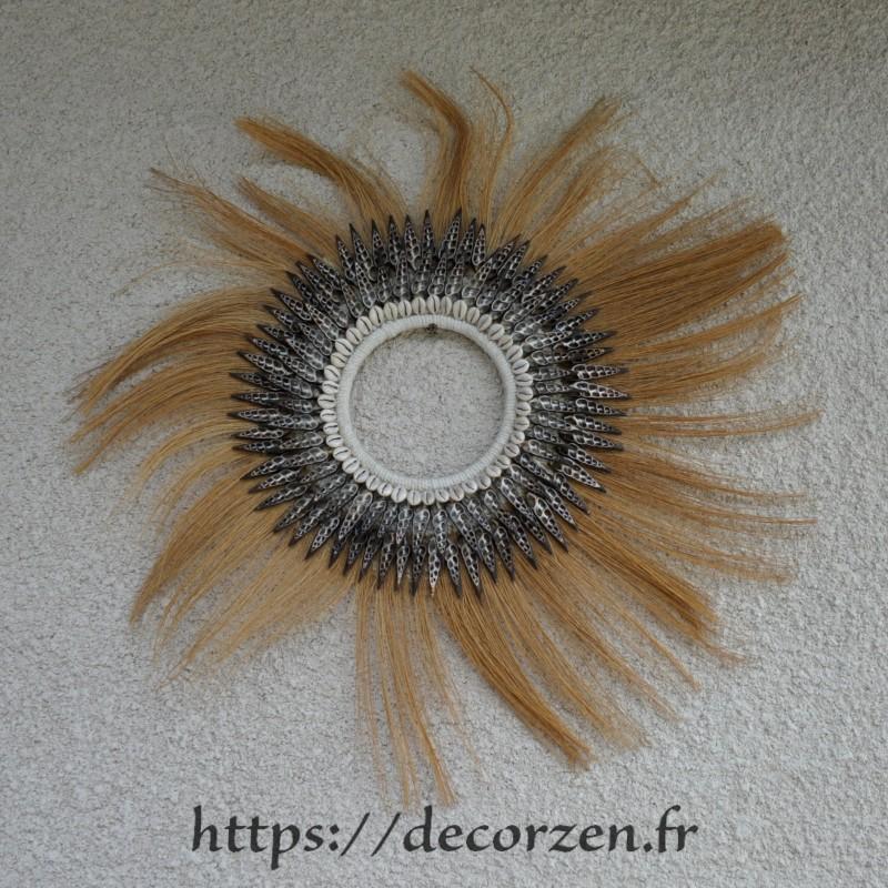 Applique soleil en fibre de cocotier et coquillages