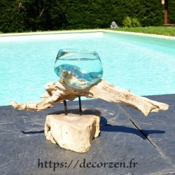 Aquarium ou gros en verre soufflé et moulé en fusion sur le bois, le verre est amovible pour un lavage aisé