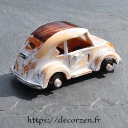 Miniature de Beattle en bois recyclé