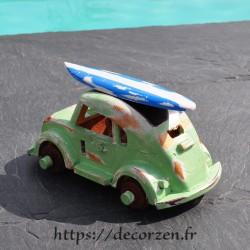 Miniature de Coccinelle avec son surf,  faite main en bois recyclé