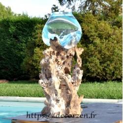 Vase XL en verre recyclé soufflé sur une grosse racine verticale