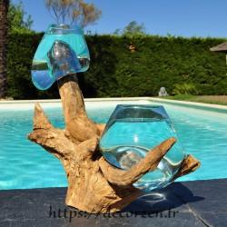 2 aquariums en verre recyclé soufflé en fusion directement sur du bois flotté, le verre est amovible pour le lavage