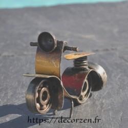 Miniature de scooter en métaux recyclés