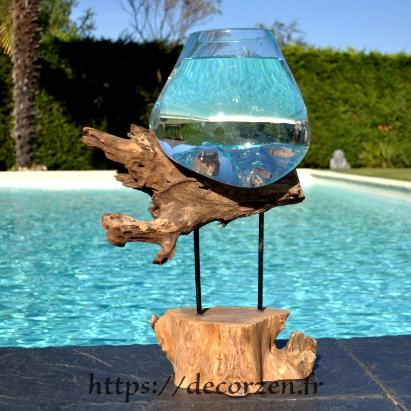 Aquarium ou gros vase en verre soufflé et moulé en fusion sur le bois, le verre est amovible pour le laver