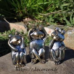 3 grenouilles de la sagesse, je ne dis rien, je ne sais, rien, je ne vois rien, je n'entend rien; un précepte de Bouda