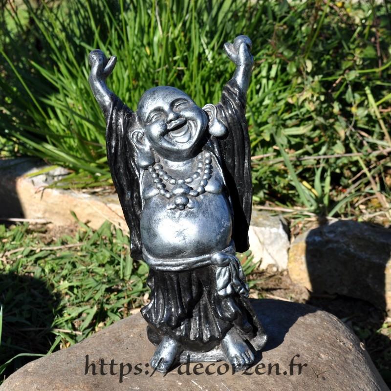 Buddha rieur debout