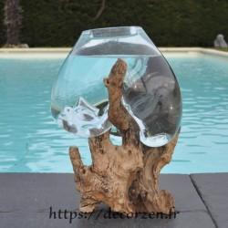 verre recyclé soufflé sur du bois