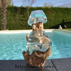2 aquariums en verre recyclé soufflé à la bouche directement sur du bois flotté, les vases sont amovibles pour les laver