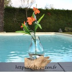 Carafe ou vase en verre recyclé soufflé en fusion sur du bois flotté? le verre est amovible pour le laver