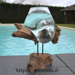 Un aquarium ou bol à punch en verre soufflé sur le bois ELG201.121