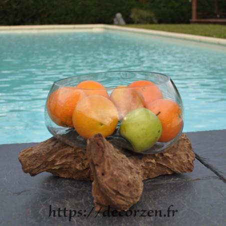 Terrarium, bonbonnière ou ramequin à apéro en verre recyclé soufflé coulé en fusion sur du bois flotté.
