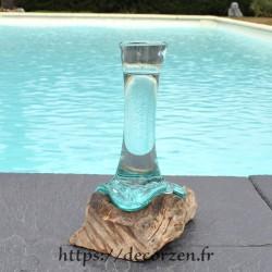 Grand Soliflore  en verre recyclé soufflé en fusion sur du bois flotté et le verre est amovible pour le laver au lave vaisselle