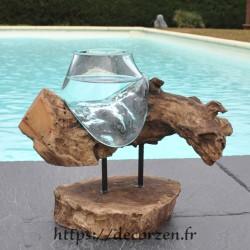 Petit vase en verre soufflé et moulé en fusion sur le bois, le verre est amovible pour le laver