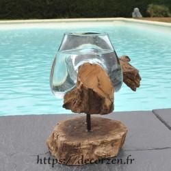 Petit vase en verre soufflé et moulé en fusion sur le bois, le verre est amovible