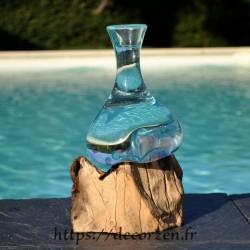Soliflore, vase ou carafe à vin en verre recyclé soufflé et coulé en fusion sur du bois, le verre est amovible pour le laver