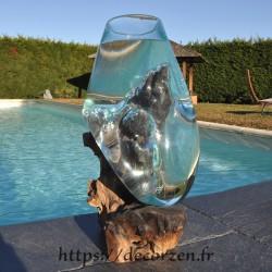 Aquarium ou  vase en verre recyclé soufflé à la bouche en fusion sur du bois flotté, le vase est amovible pour le lavage