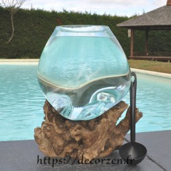 Aquarium ou bol à punch en verre recyclé soufflé à la bouche en fusion sur du bois flotté, le vase est amovible pour le laver