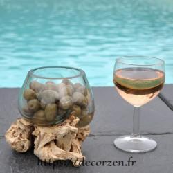 Terrarium, ramequin apéro en verre recyclé soufflé en fusion sur du bois flotté, le verre s'enlève pour le laver