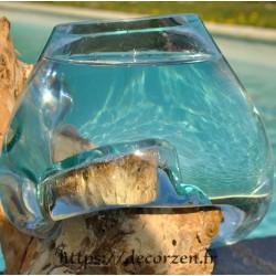 Verre à cocktail ou  vase en verre recyclé soufflé en fusion sur du bois flotté, le vase se sort pour un lavage aisé.