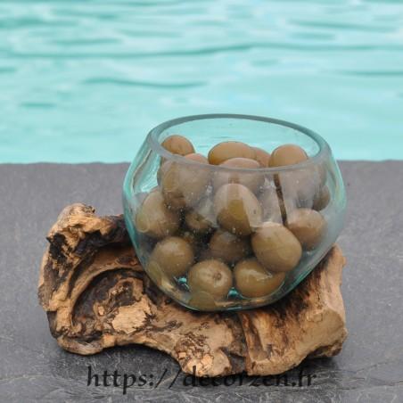 Terrarium ou ramequin apéro en verre recyclé soufflé en fusion sur du bois flotté. Le verre se lave au lave-vaisselle