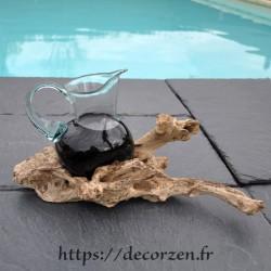 Carafe en verre recyclé fondu et soufflé en fusion sur du bois flotté, le verre est amovible
