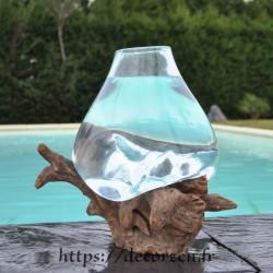 Aquarium ou bol à punch en verre recyclé soufflé et moulé sur du bois, le verre est amovible.