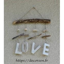 Love, décoration murale en bois flotté