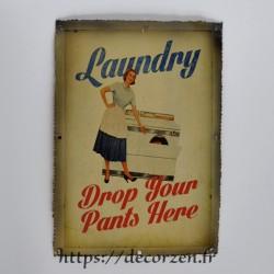 Cadre métallique vintage, rétro, ancien des années folles, fifties, néo rétro, affiche ancienne, vieille affiche